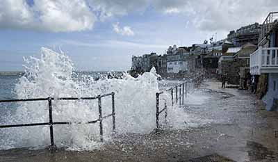 Storms rage in St Ives